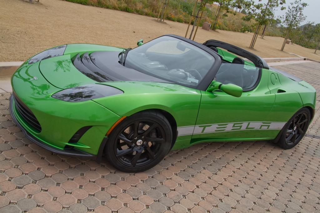 Tesla Roadster Sport 24