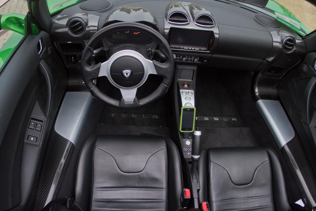 tesla-roadster-sport-lightning-green-11