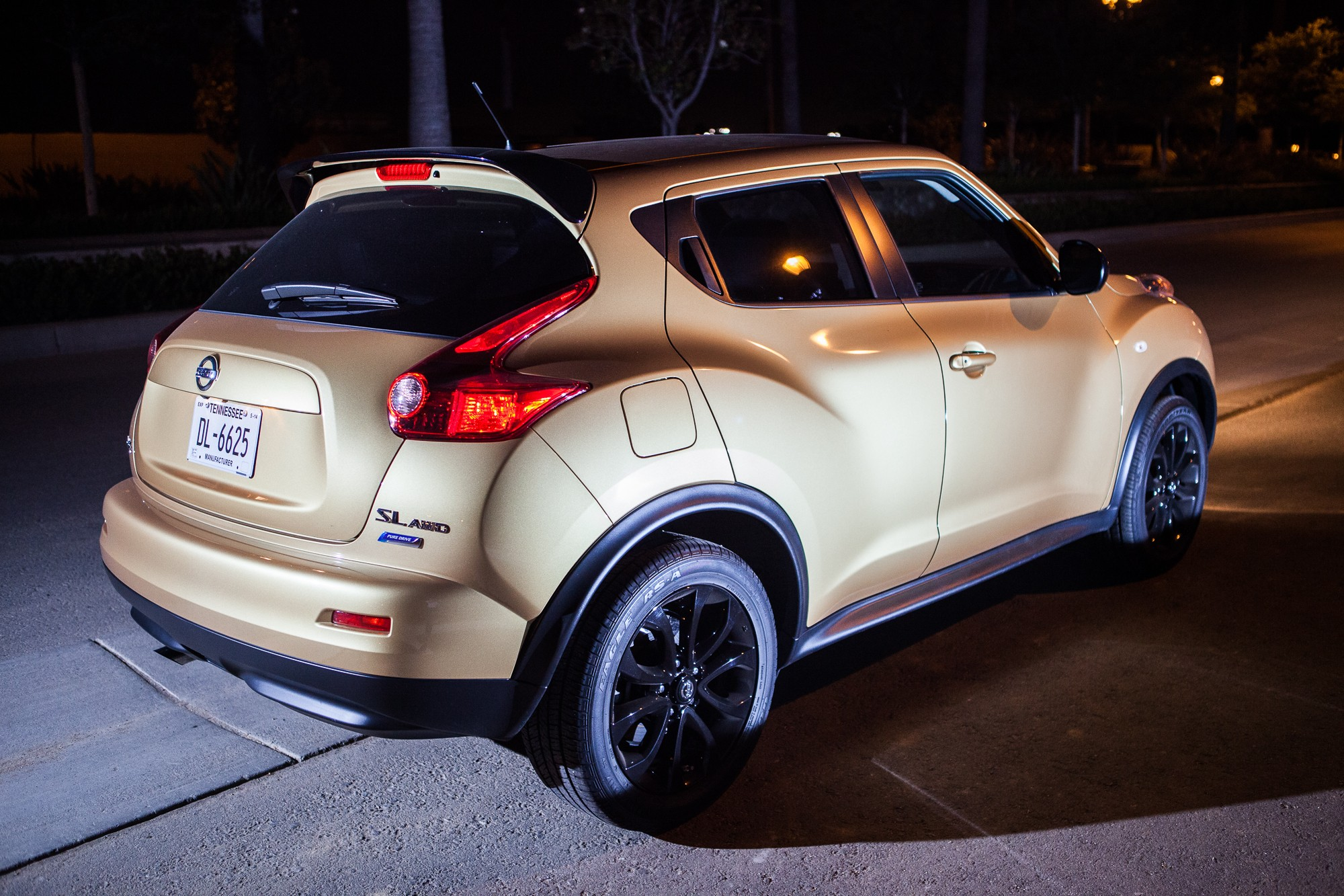 Road test 2013 nissan juke midnight edition stay gold ponyboy driving the juke vanachro Images