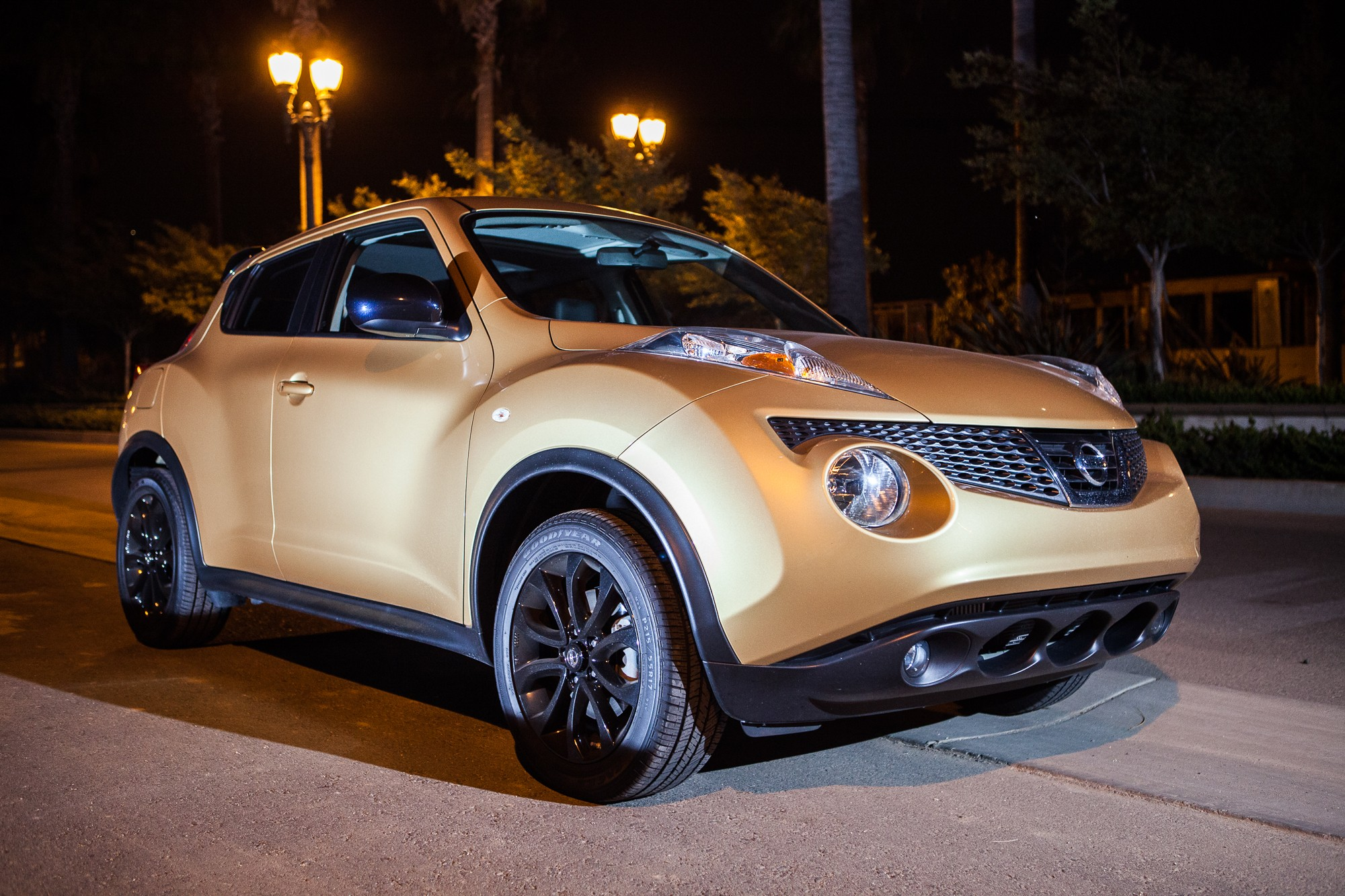 Road test 2013 nissan juke midnight edition stay gold ponyboy in vanachro Images