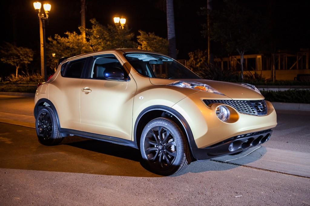 2013_Nissan_Juke_Atomic_Gold_0007