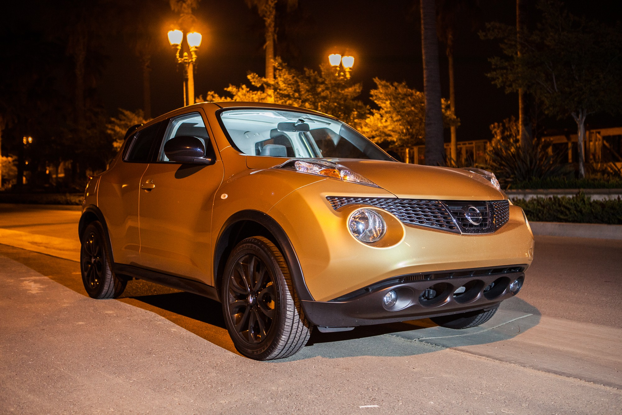 Road test 2013 nissan juke midnight edition stay gold ponyboy so overall the juke vanachro Images