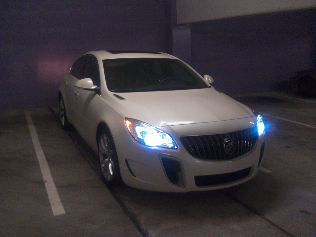 buick_regal_gs_awd_white_001