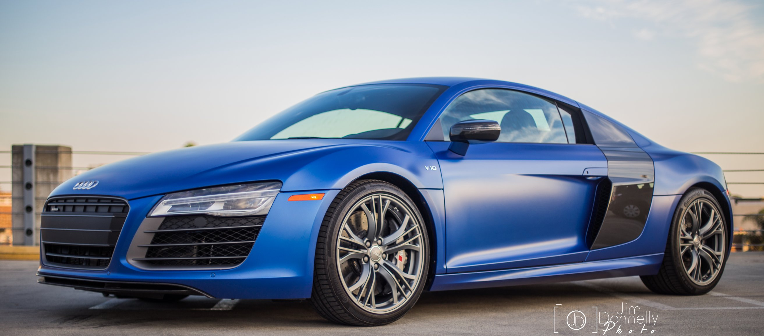 2014 audi r8 v10 plus something borrowed something blue the ignition blog. Black Bedroom Furniture Sets. Home Design Ideas