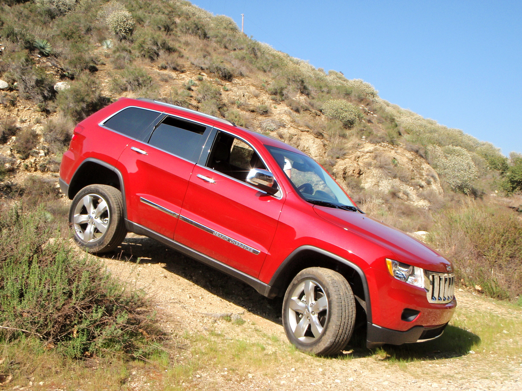 road test 2011 jeep grand cherokee signs of life the. Black Bedroom Furniture Sets. Home Design Ideas