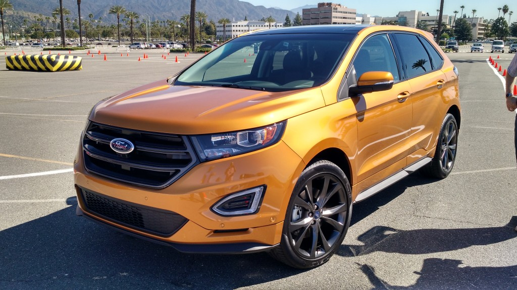 Ford edge x santa f? 0km