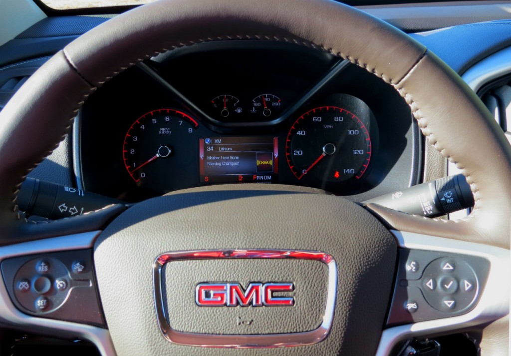 2015_GMC_Canyon_Green_Metallic_007.jpg