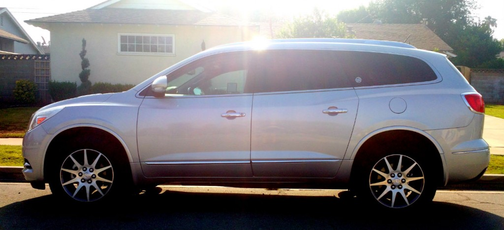 buick_happiness_test_drive_enclave_003
