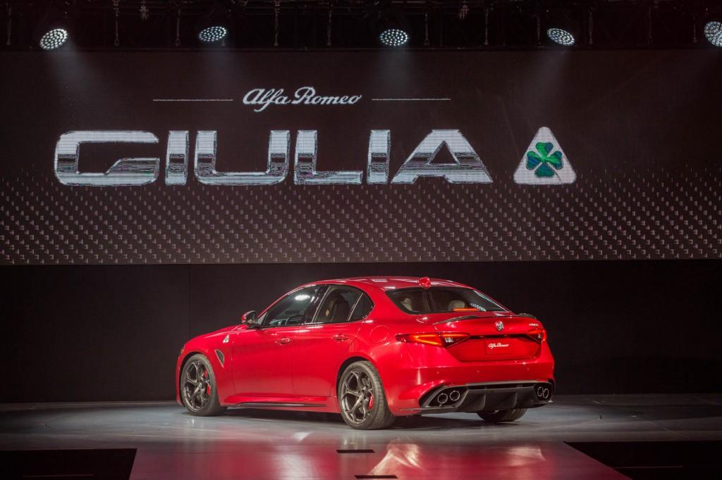 Alfa Romeo Giulia LA Auto Show Debut 002