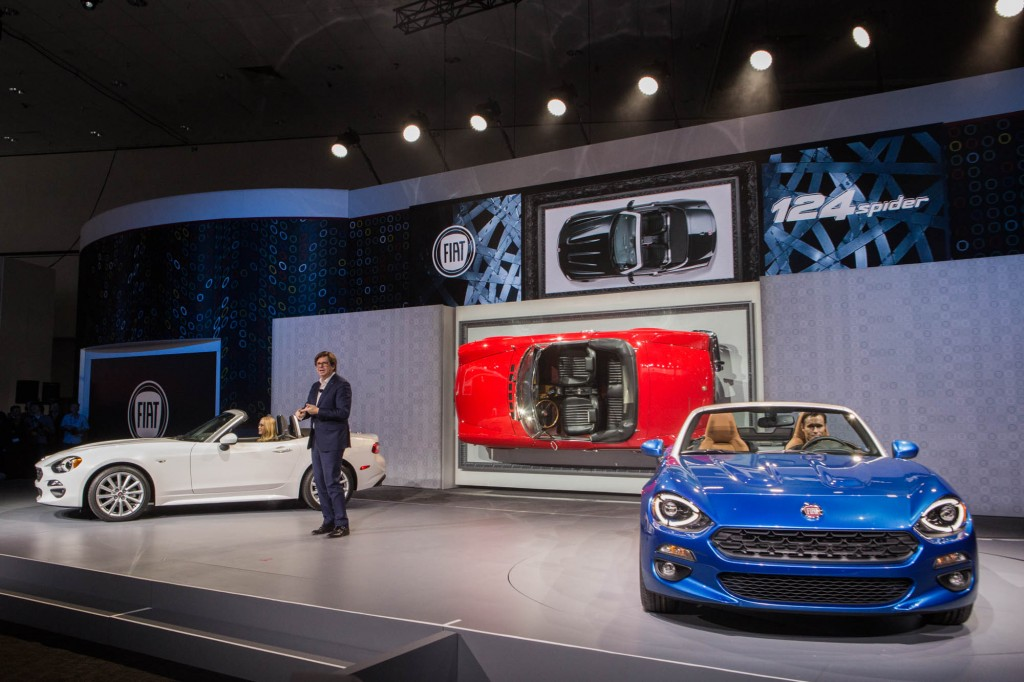 Fiat 124 Spider Debut LA Auto Show 001