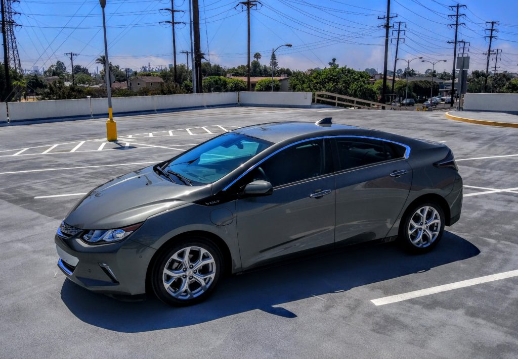 2017_chevrolet_volt_gray_003