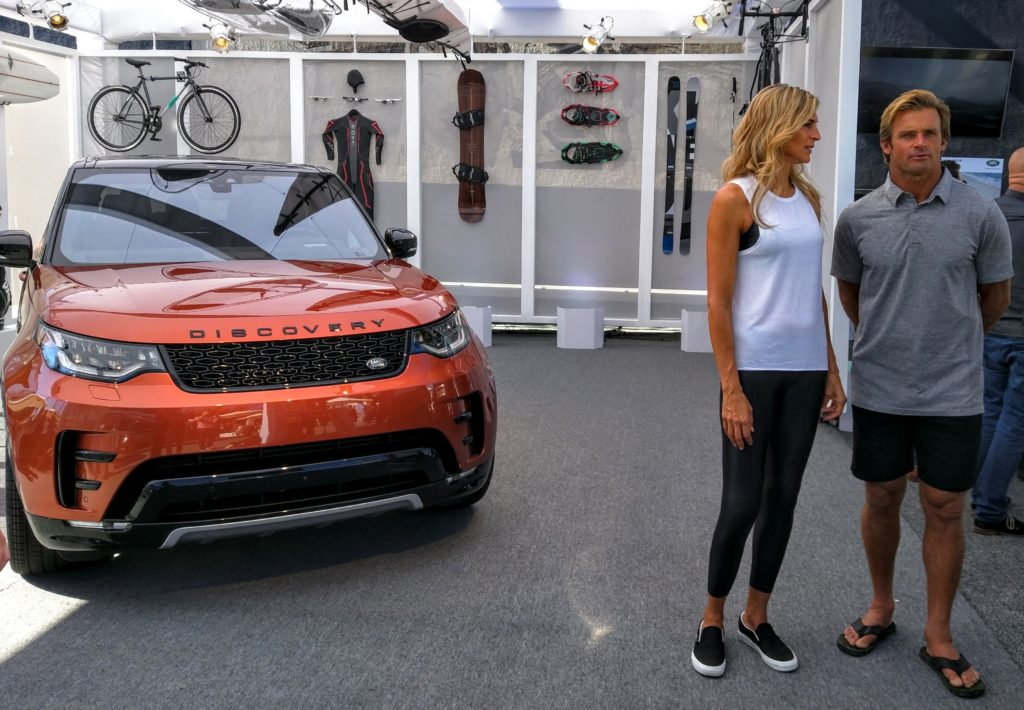 2017_land_rover_discovery_discoveryvenice_012