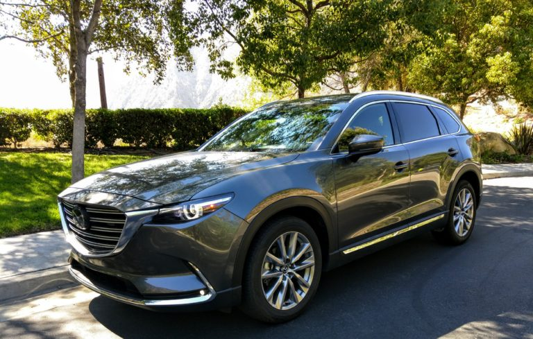2016-mazda-cx9-signature-awd-gray-009