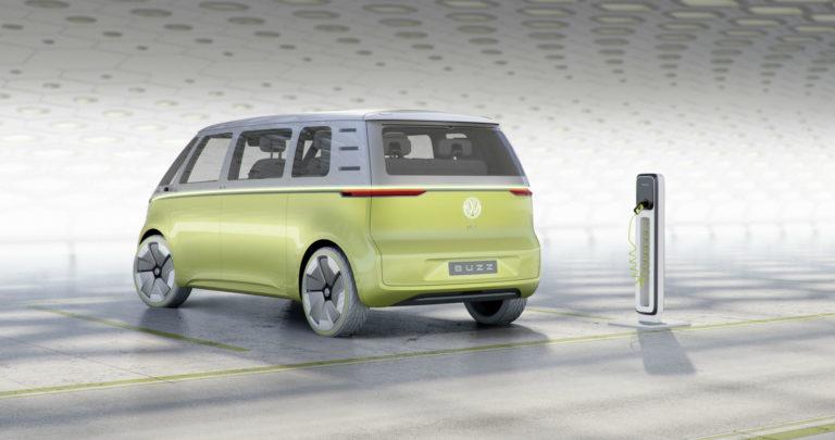 2017-NAIAS-Volkswagen-Microbus-ID-Buzz-Concept-003