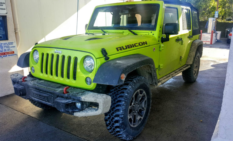 2017-Jeep-Wrangler-Unlimited-Rubicon-Hard-Rock-005