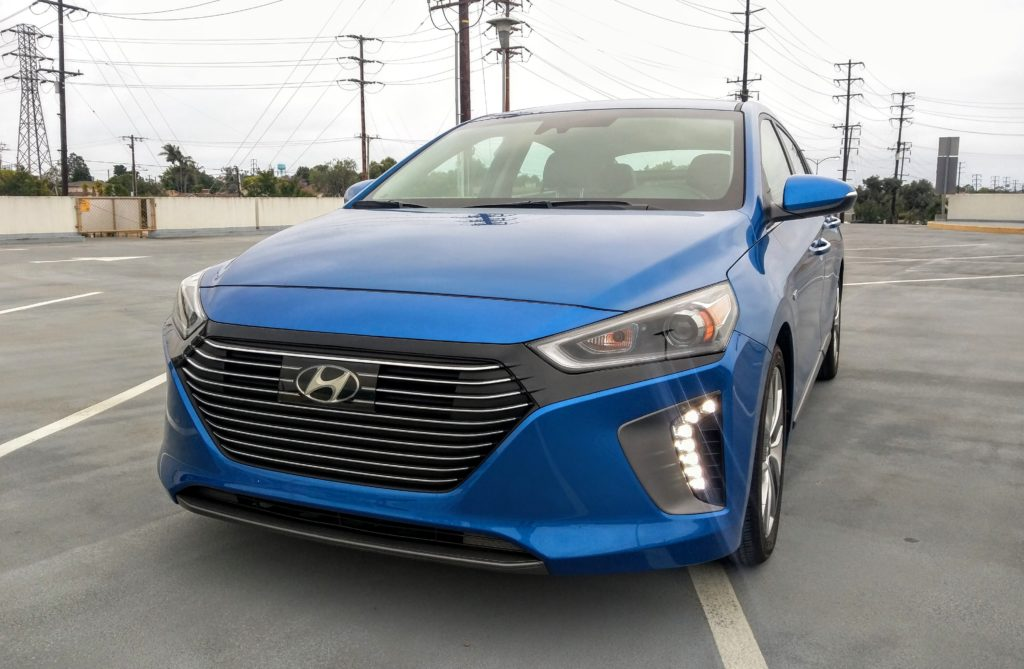 2017 Hyundai Ioniq Hybrid Limited 001