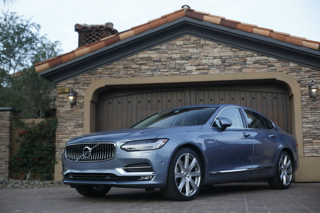 2017 Volvo S90 Inscription 001