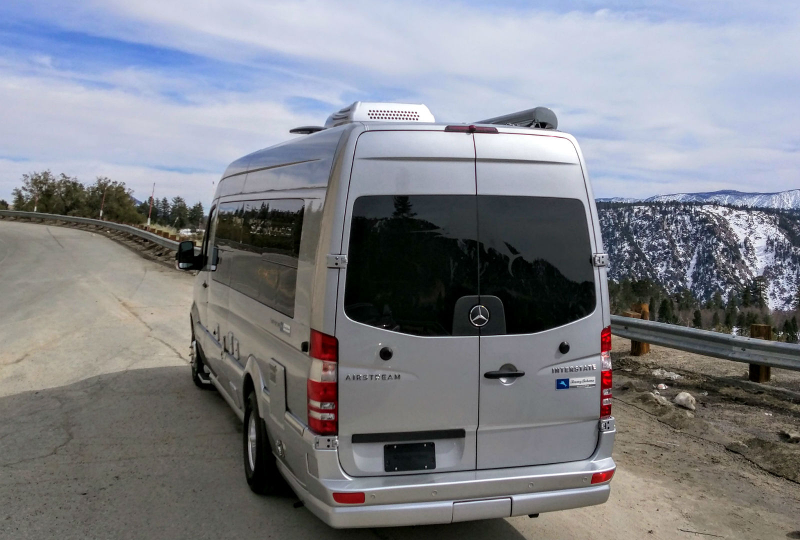 Airstream Tommy Bahama Interstate Touring Coach 008