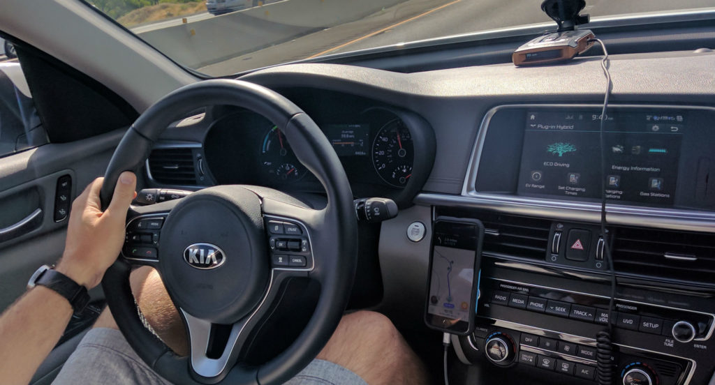 2017-Kia-Optima-PHEV-Review-001