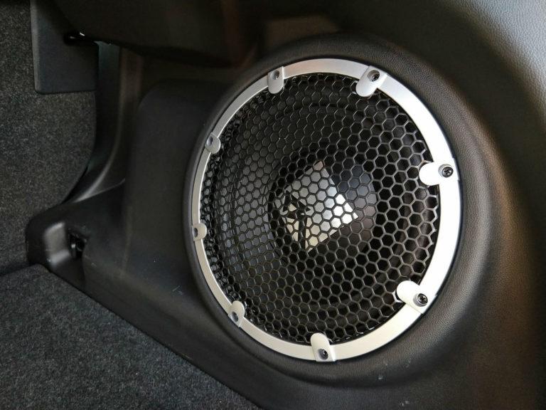 2018-Mitsubishi-Outlander-Sport-SEL-007