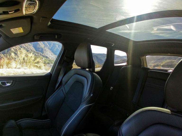 2018 Volvo XC60 T6 R-Design 006