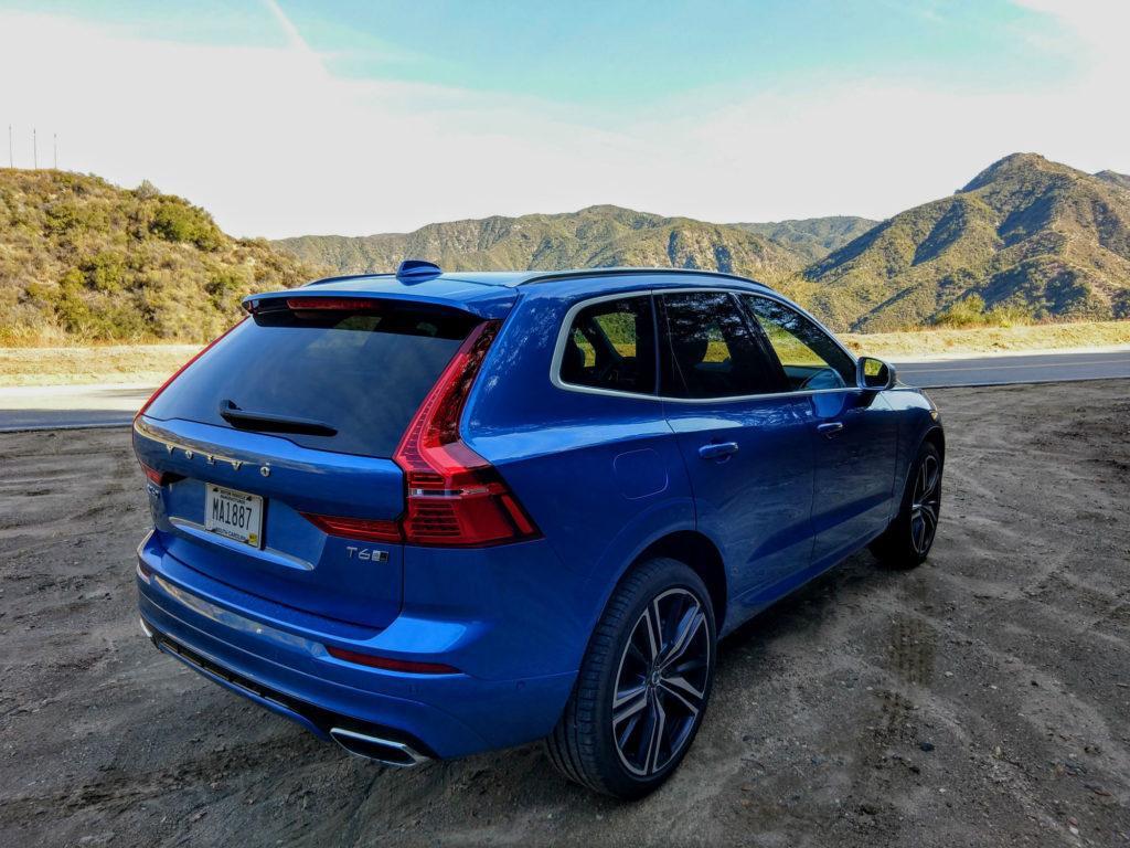 2018 Volvo XC60 T6 R-Design 011