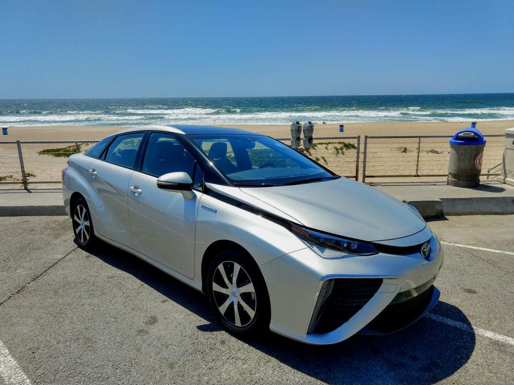 2018 Toyota Mirai Hydrogen Fuel Cell 001