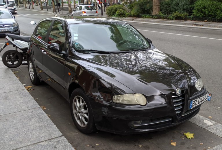 Cars Paris Alfa Romeo 147