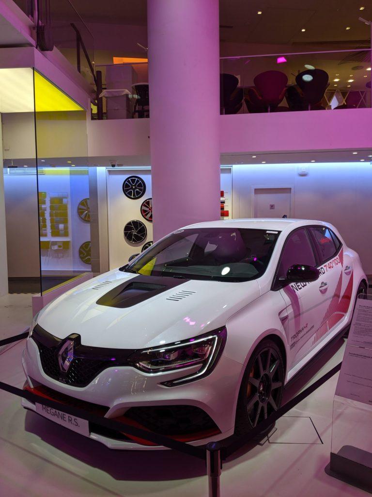 L'Atelier Renault Champs Élysées 003