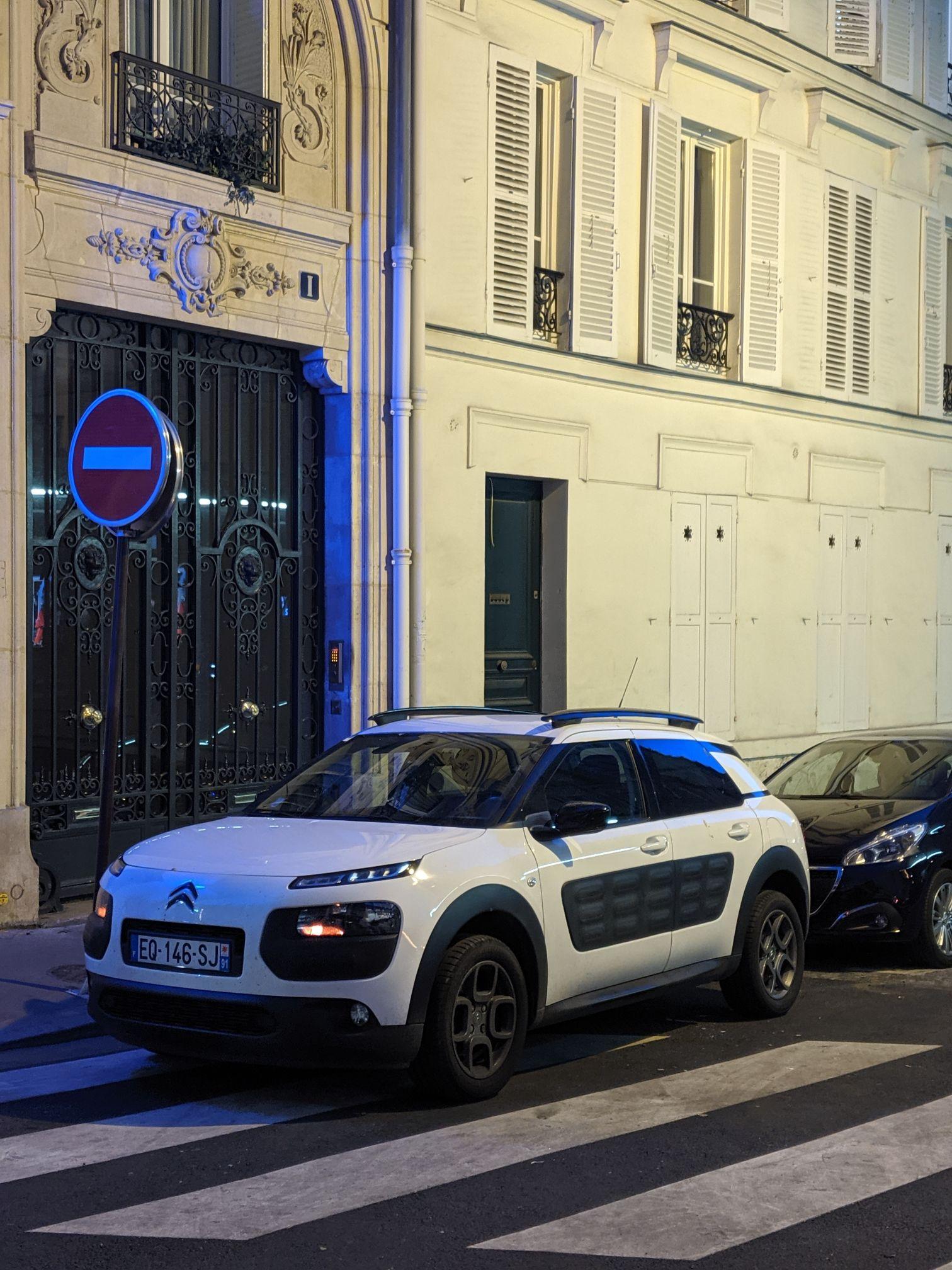 Paris Cars Citroen C4 White
