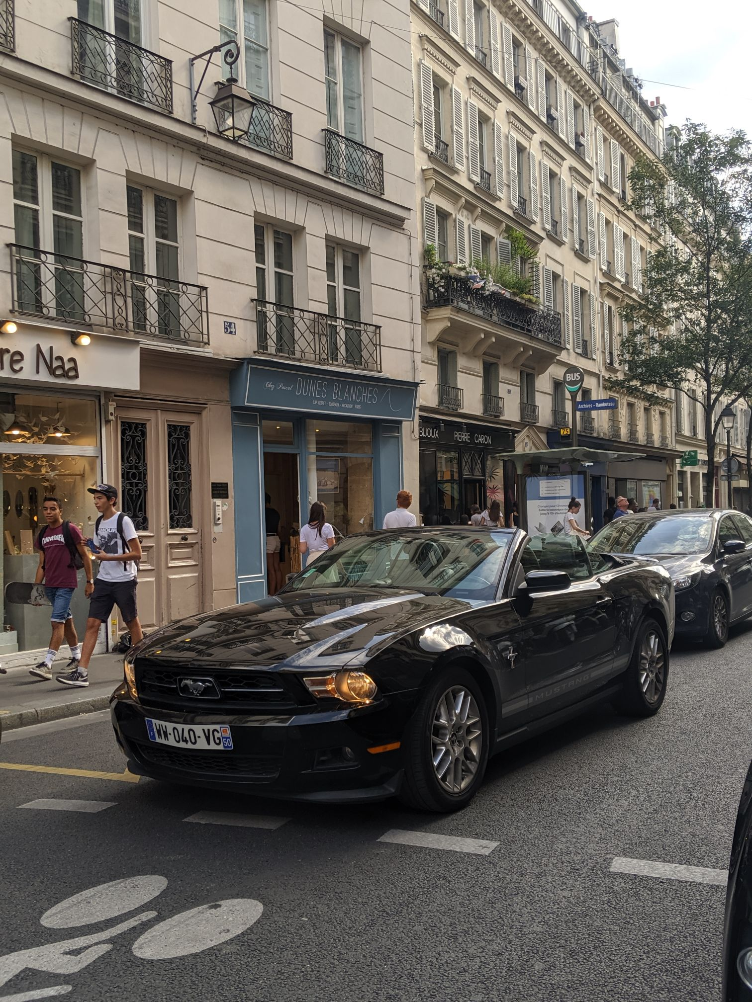 Paris Cars Ford Mustang Black